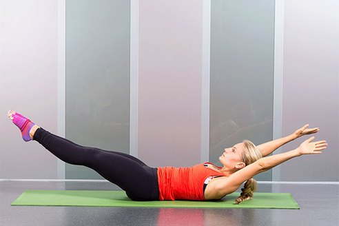 19 Ab-Sculpting Pilates Moves You Can Do At Home