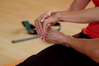 Safe Stretches for Ballet Feet Arches