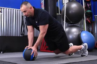 Exercises for Abs at the Belt Line for Men of Age 60