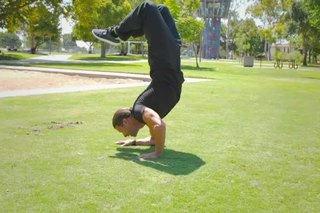 How to Do a Handstand & Touch Your Feet to Your Head