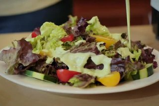 How to Make Your Own Healthy Salad Dressing