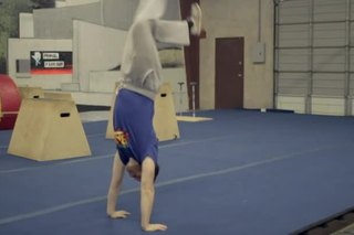 How to Do a Front Handspring on the Ground