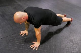 How to Lock the Hips for a Push-Up