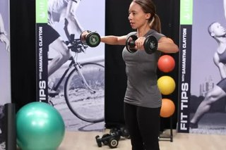 Lifting Weights to Strengthen the Upper Back & Rotator Cuff