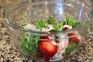 Low-Sugar Strawberry Cream Cheese Salad