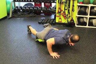 How to Do a Walking Lizard Push-Up