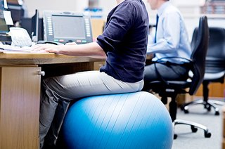 Does an Exercise Ball Chair Actually Give You Any Health Benefits?