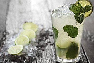 3 Fruity Low-Calorie Summer Cocktails