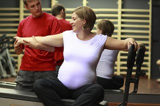 How to Exercise and Stay Healthy During Pregnancy