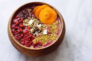 6 Easy Smoothie Breakfast Bowls