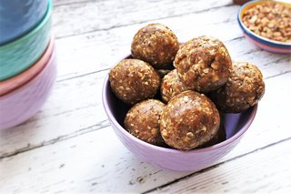 7 Quick Protein Ball Recipes to Give You an Energy Boost