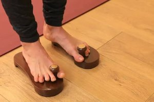 What Are Some Benefits From Wearing Yoga Toes?