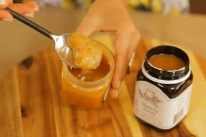 Raw Honey vs. Manuka Honey