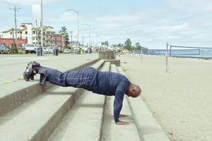 How to Gain Muscle Mass by Doing Pushups