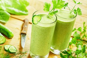 The 20 Best Smoothie Ingredients - Some Will Surprise Y…