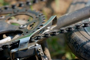 How to Adjust the Front Derailleur Range on a Shimano B…