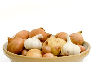 Digestive Problems From Onions & Garlic