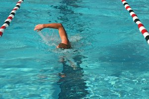 Long Distance Swimming Workouts