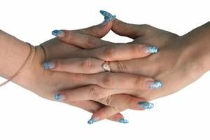Factors That Affect Nail Growth