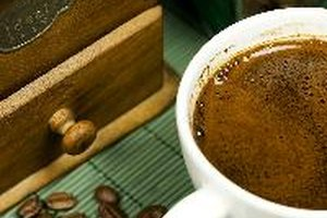 Does Coffee or Caffeine Interfere With Thyroid Function…