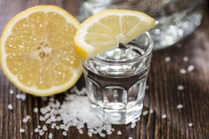 Which Types of Hard Alcohol Have No Sugars or Carbs?