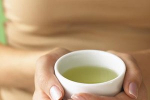 What Are the Health Benefits of Green Tea With Mint?