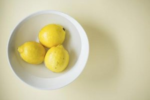 Benefits of Fresh Lemon Juice With Rind