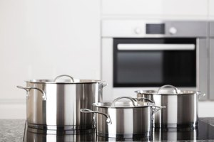 Poisons From Aluminum Cookware
