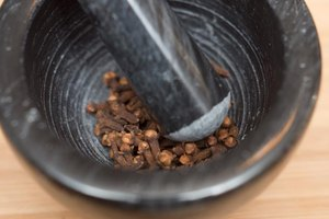 Ground Clove Health Benefits