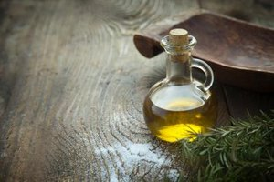 What Are the Health Benefits of Vegetable Oil?
