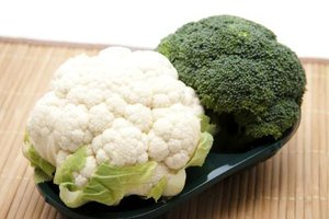 How to Roast Broccoli & Cauliflower