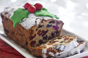 How Many Calories Are in Fruitcake?