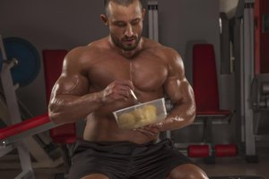 How Many Calories Should You Eat for Bodybuilding?