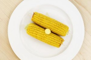 How to Blanch Corn for the Freezer if Using It in a Mic…