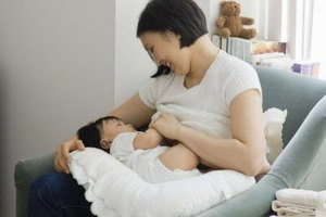 Is Melatonin Safe to Take While Breastfeeding?