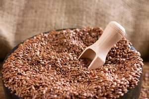 How Many Calories in 1/2 Cup Ground Flaxseed?