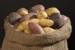 Homemade Blackhead Treatment Using Potatoes