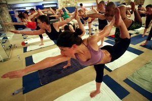 How Much Weight Do You Lose During Heat Yoga?