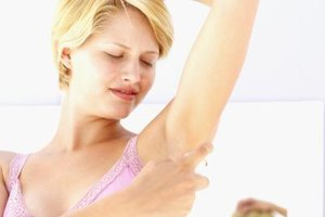 How to Get Rid of Dark Skin Under Arms & Between Thighs