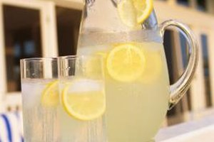 Is Lemonade Good for Sick People to Drink While They Ha…