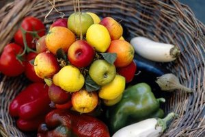 What Are the Main Nutrients in Fruits & Vegetables?