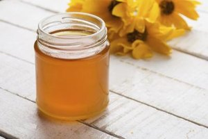 Positive and Negative Effects of Honey on the Body