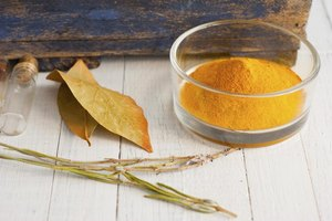 What Spice Is a Substitute for Turmeric?