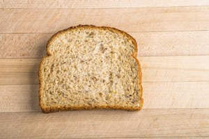 How to Lose Weight With Brown Bread or White Bread