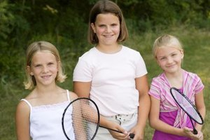 How to Size Children's Tennis Rackets