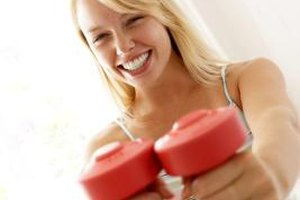 How to Lift Weights at Home for Women