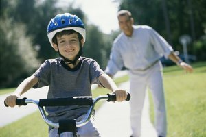 How to Teach a 5-Year-Old to Ride a Bike Without Traini…