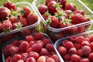 10 Worst Non-organic Fruits