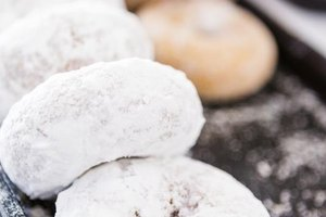 Ways to Curb Sugar Cravings