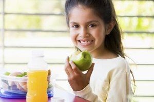 How Many Calories Should a Child Be Eating?